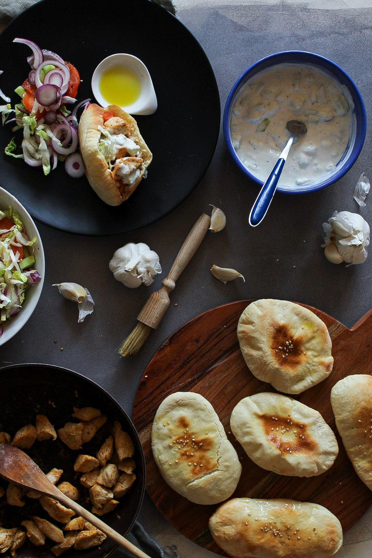 Griechische Pitas mit Füllung